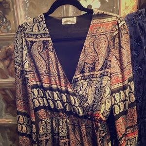 Fully lined romper -super cute size med. pockets